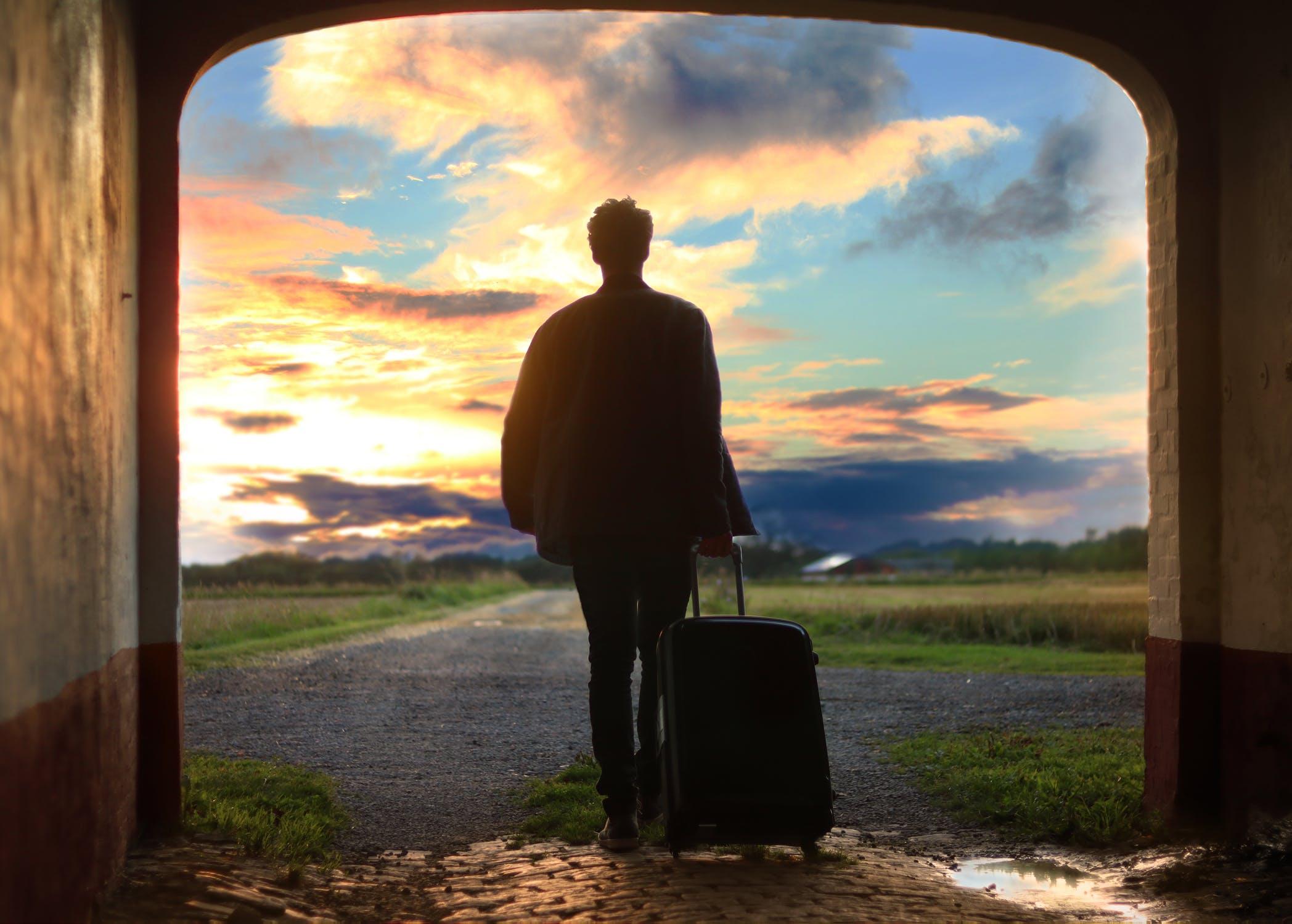 Walizki do samolotu – o czym należy pamiętać?