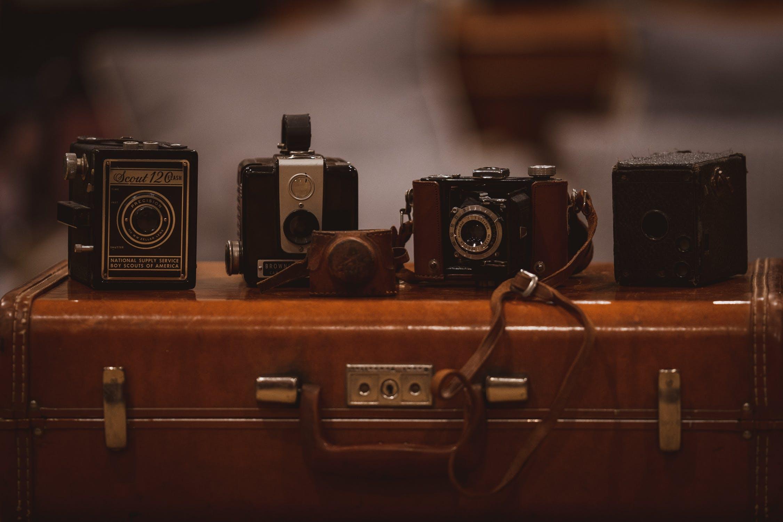 Walizki na kółkach kontra zwykłe walizki